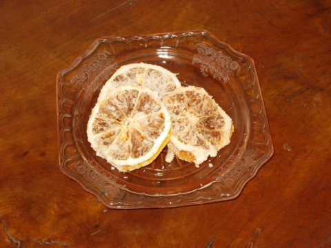 Dehydrated Lemons with Sugar