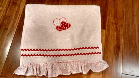 towel heart